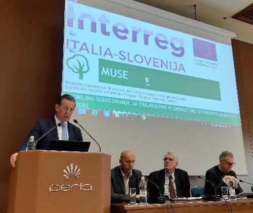 L'assessore regionale all'Ambiente e Energia Fabio Scoccimarro interviene all'apertura della tavola rotonda del progetto Interreg Muse a Nova Gorica (Slovenia).