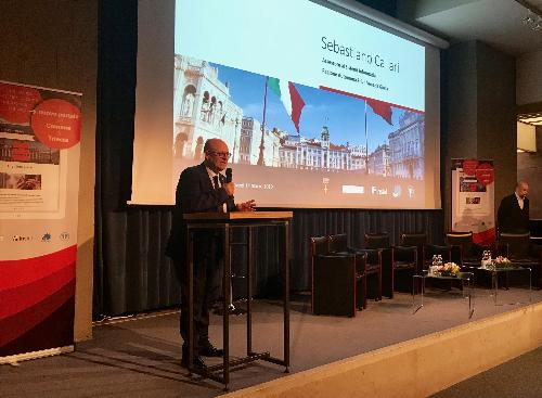 L'assessore Callari alla presentazione del nuovo portale web istituzionale del Comune di Trieste.