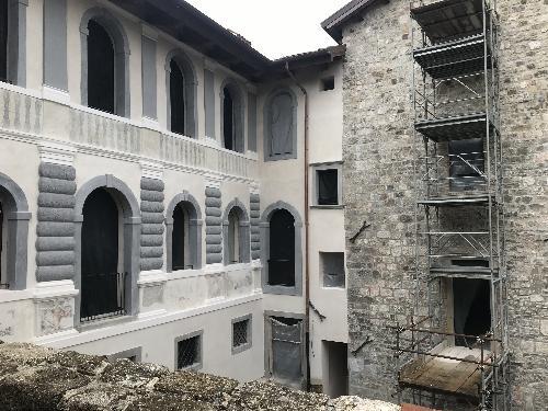 Il primo lotto dei lavori per la ricostruzione del Castello di Colloredo di Monte Albano in fase di ultimazione - Colloredo di Monte Albano (Ud), 20 maggio 2019
