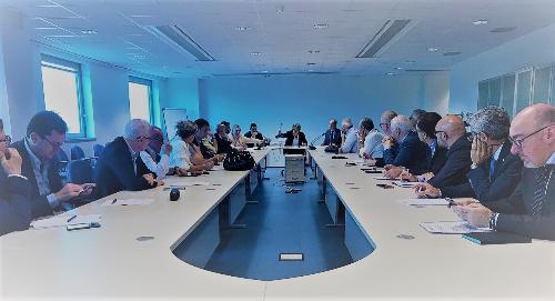 L'assessore regionale alle Attività produttive, Sergio Emidio Bini, incontra le categorie economiche al terzo tavolo di confronto sul nuovo SviluppoImpresa - Udine, 13 giugno 2019