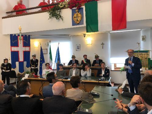 Riccardi alla consegna della Cittadinanza onoraria del Comune di Tolmezzo all'ANA