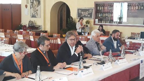 L'assessore al Turismo del Friuli Venezia Giulia, Sergio Emidio Bini, oggi ad Aquileia, con i soci fondatori dell'associazione Europa Romea Strata (Aers).