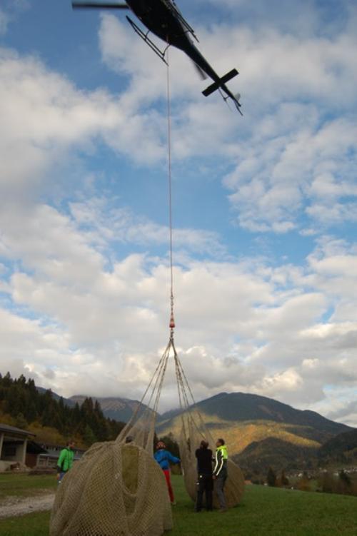 Gli elicotteri serviranno per trasporto materiale in alta quota