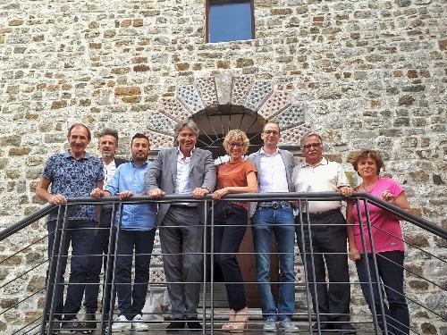 Gli assessori alle Attività produttive e al Bilancio Sergio Emidio Bini e Barbara Zilli incontrano il sindaco di Artegna Alessandro Marangoni e la Giunta comunale