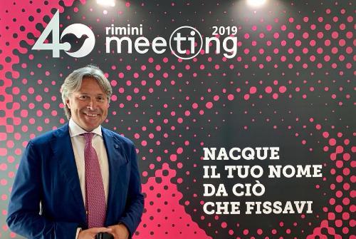 L'assessore regionale al Turismo, Sergio Emidio Bini, al 40mo meeting per l'Amicizia fra i popoli, a Rimini.