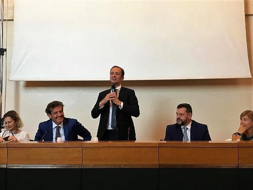 Il governatore del Fvg, Massimiliano Fedriga, all'assemblea congressuale di Anci Fvg.