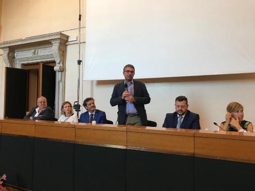 L'assemblea congressuale di Anci Fvg a cui ha partecipato l'assessore regionale alle Autonomie locali, Pierpaolo Roberti.
