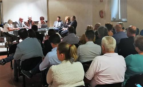 """Il vicegovernatore del FVG Riccardo Riccardi all'incontro con l'Ambito """"Collinare"""" a San Daniele"""