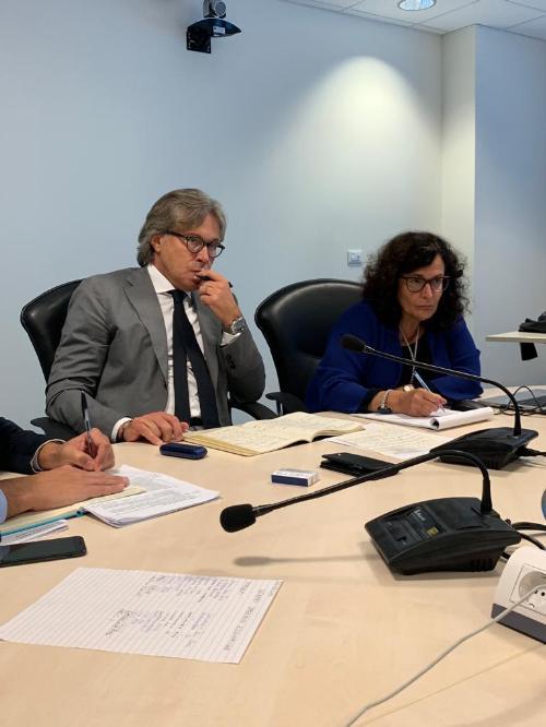 L'assessore regionale alle Attività produttive Sergio Emidio Bini  all'incontro con i rappresentanti delle categorie economiche.