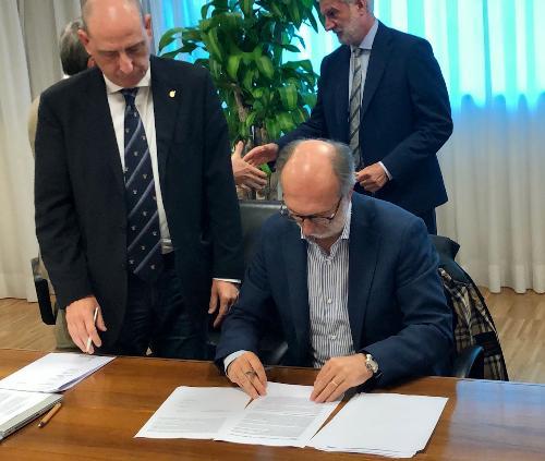 Il vicepresidente Riccardi firma con i medici a Udine l'accordo per la salute territoriale