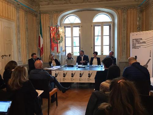 La conferenza stampa a Cormons sul festival Jazz&Wine of peace 2019 con l'assessore regionale alla Cultura Tiziana Gibelli.
