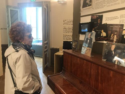 L'assessore Gibelli in visita alla mostra 'Studio Luttazzi', dedicata al grande musicista Lelio Luttazzi e allestita a Palazzo Brambilla Morpurgo a Trieste.
