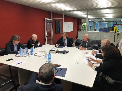 L'incontro dell'assessore alle Attività produttive, Sergio Emidio Bini, con i vertici della Fantoni di Rivoli di Osoppo