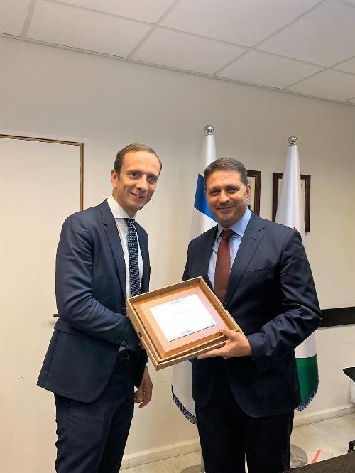 Il governatore del FVG Massimiliano Fedriga nella sua visita istituzionale in Israele con il sindaco della città di Modi'in-Maccabim-Re'ut Haim Bibas.