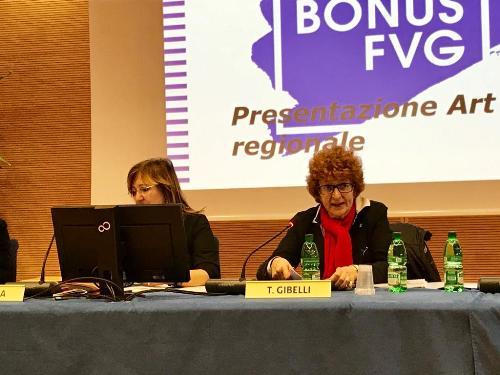 L'assessore regionale alla Cultura, Tiziana Gibelli, durante la presentazione dell'Art bonus Fvg.