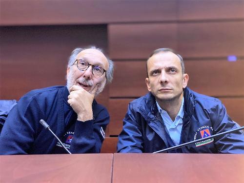 Il governatore Fedriga e il vice Riccardo Riccardi nel corso del comitato di crisi in Protezione civile a Palmanova