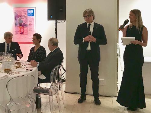 L'assessore regionale ad Attività produttive e Turismo, Sergio Emidio Bini, a conclusione della IV edizione della Settimana della Cucina italiana nel mondo a Praga (Repubblica Ceca).