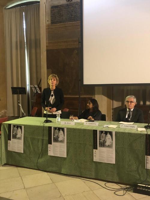 L'assessore Zilli, con accanto l'ambasciatrice dell'India in Italia, Reenat Sandhu