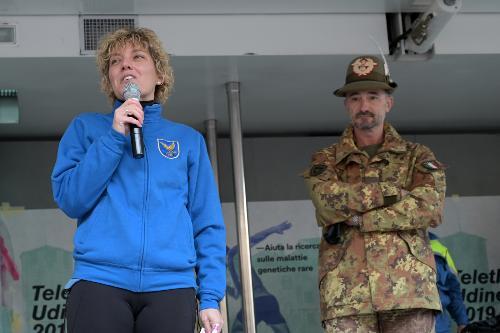 L'intervento dell'assessore Zilli alla partenza della maratona Telethon a Udine