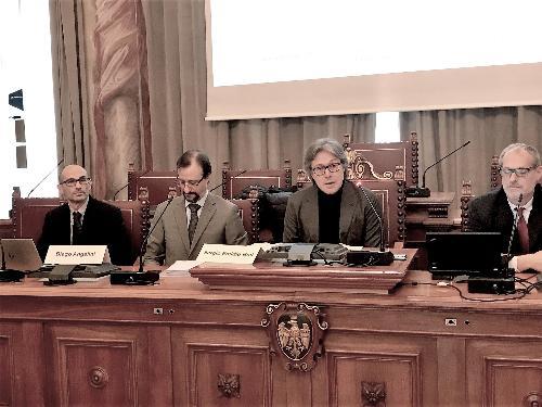 L'assessore del Fvg alle Attività produttive, Sergio Emidio Bini, durante la presentazione del Fondo regionale di garanzia per gli interventi di venture capital nelle start-up innovative, a Palazzo Belgrado, a Udine.