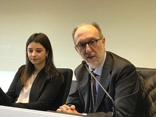 Il vicegovernatore del Friuli Venezia Giulia con delega alla Protezione civile, Riccardo Riccardi, all'incontro con il coordinamento regionale degli studenti, nel Centro operativo della Protezione civile Fvg a Palmanova.