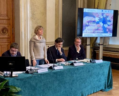 L'assessore regionale alle Finanze, Barbara Zilli, durante il seminario internazionale 'Come le città gestiscono i beni comuni', organizzato dall'Associazione nazionale dei Comuni italiani (Anci)