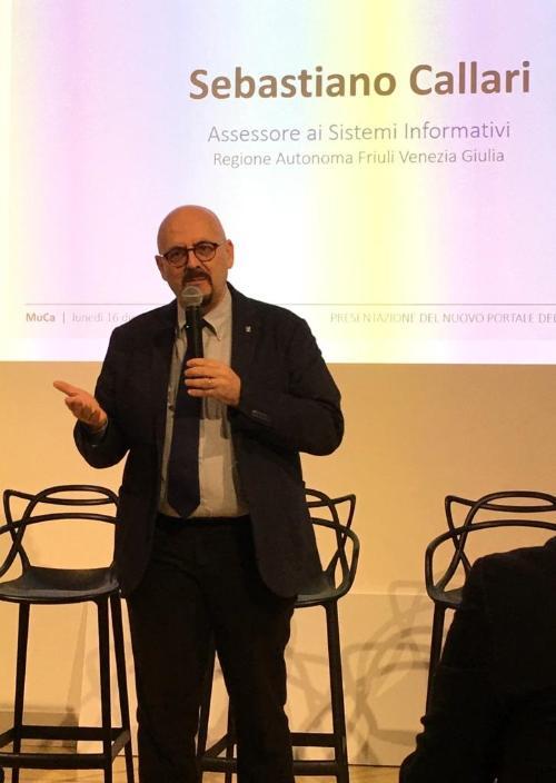 L'assessore regionale Sebastiano Callari alla presentazione del portale del Comune di Monfalcone