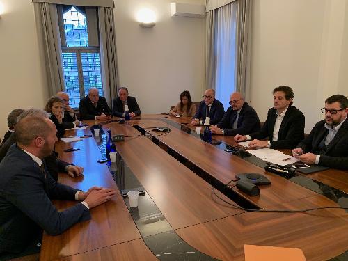 L'assessore regionale Callari con il direttivo Anci a Udine