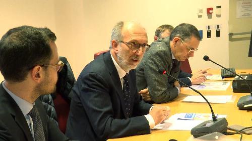 Il vicegovernatore Riccardo Riccardi mentre interviene al convegno
