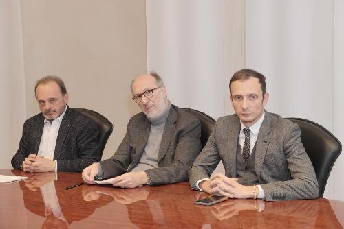 Il governatore del Friuli Venezia Giulia Massimiliano Fedriga, il vicegovernatore con delega alla Salute Riccardi e il commissario straordinario unico dell'Asuits e dell'Aas2 Antonio Poggiana