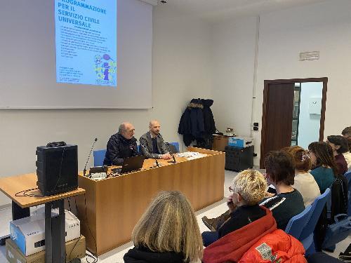 Il vicegovernatore del Friuli Venezia Giulia, Riccardo Riccardi, all'evento informativo sul Servizio civile universale.