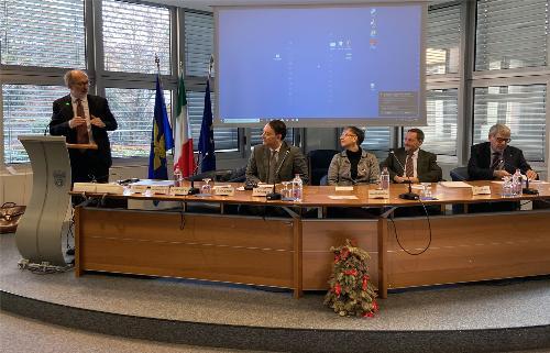 Il tavolo dei relatori presenti alla cerimonia svoltasi nella sede di Unindustria Pordenone