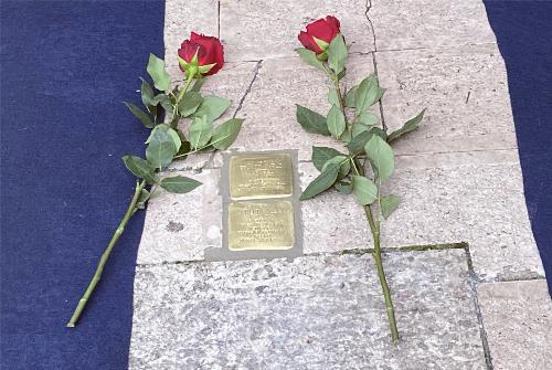 Le pietre d'inciampo a memoria di Attilio Gallini e Carlo Martelli posate a Pordenone