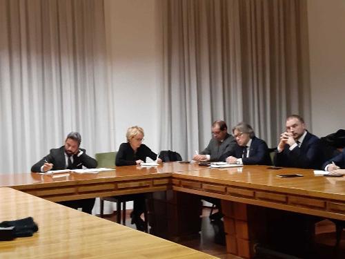 Il tavolo Safilo con l'assessore regionale Sergio Emidio Bini