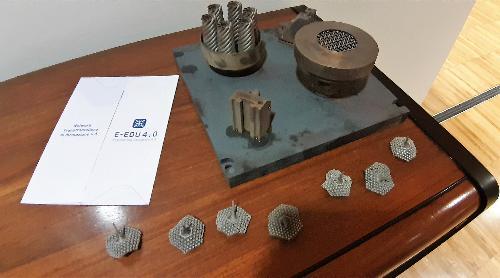 Alcune produzioni nell'ambito dell'additive manufacturing realizzate dagli studenti che hanno preso parte al progetto transfrontaliero E-Edu4.0 - Udine, 28 gennaio 2020.