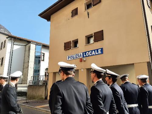 L'inaugurazione della nuova caserma della Polizia locale di Tolmezzo