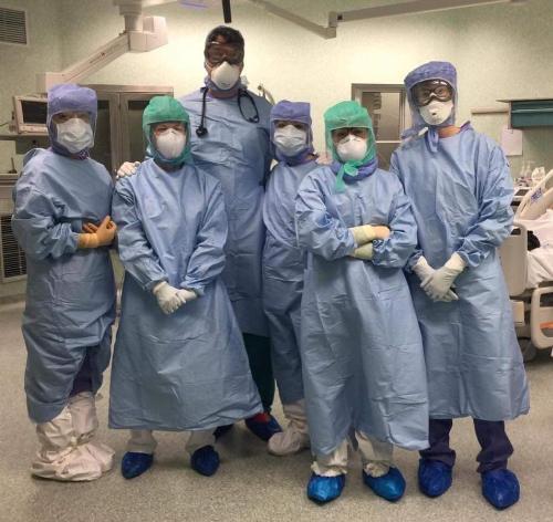 Foto di gruppo per i professionisti dell'Azienda sanitaria Friuli Occidentale (Asfo)