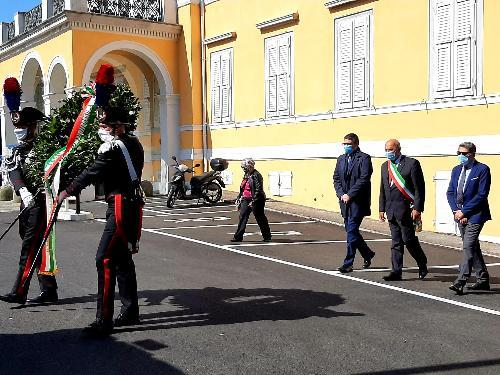 L'assessore Roberti alla cerimonia per il Giorno della memoria dedicato alle vittime del terrorismo interno e internazionale e delle stragi a Trieste con il sindaco Dipiazza e il prefetto Valenti.