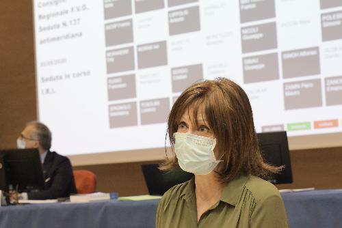 L'assessore regionale al lavoro Alessia Rosolen