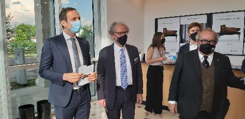Il governatore del Fvg Massimiliano Fedriga con Paolo Fazioli e il presidente del Confindustria Alto Adriatico Michelangelo Agrusti a Sacile