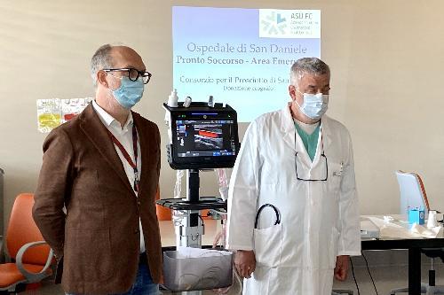 Il vicegovernatore della Regione Riccardo Riccardi insieme al direttore dell'area di emergenza dell'ospedale di San Daniele Franco Pertoldi