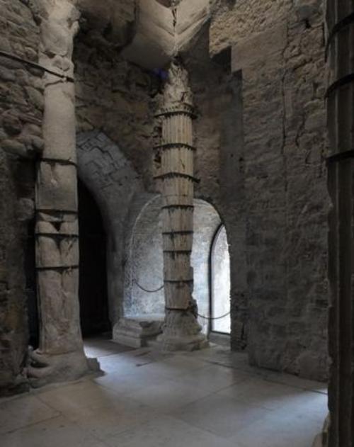 Il restaurato propileo romano di San Giusto