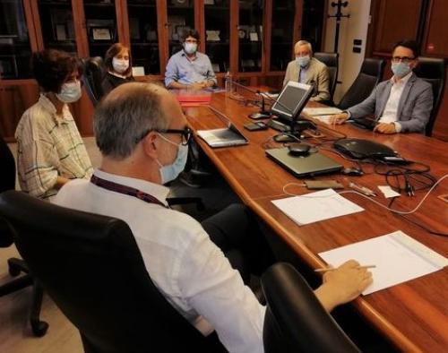 Il vicegovernatore del Friuli Venezia Giulia con delega alla Salute e alla Protezione civile, Riccardo Riccardi, durante la riunione