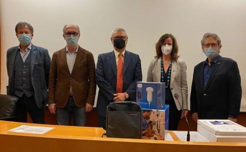 Il vicegovernatore del Friuli Venezia Giulia con delega a Salute e Protezione civile Riccardo Riccardi, secondo da sinistra nella foto