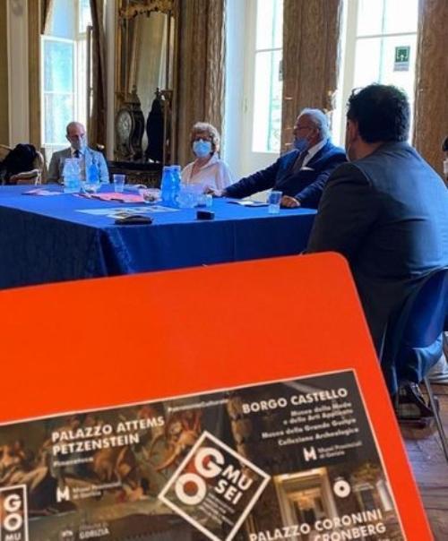 L'assessore regionale alla Cultura Tiziana Gibelli al centro nella foto