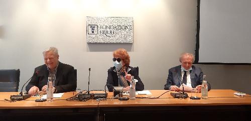 L'assessore regionale alla Cultura, Tiziana Gibelli, alla presentazione del calendario degli eventi estivi a cura dell'Ente regionale teatrale che si è svolta a Udine, alla presenza del presidente e del direttore dell'Ert, Sergio Cuzzi e Renato Manzoni.