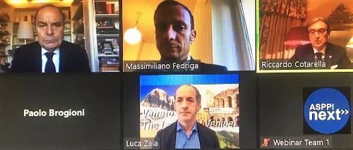 Il governatore del Friuli Venezia Giulia Massimiliano Fedriga in videoconferenza al congresso Assoenologi