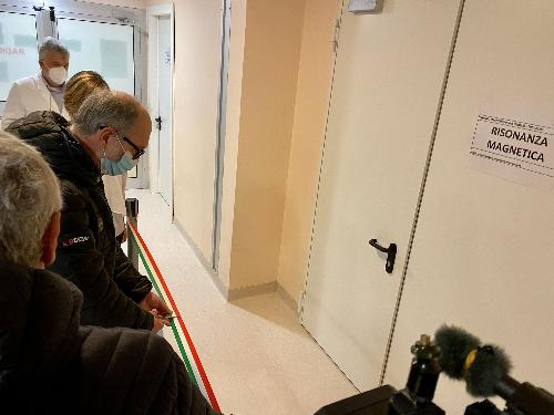 Il vicegovernatore del Friuli Venezia Giulia, Riccardo Riccardi, durante l'inaugurazione della nuova risonanza magnetica del presidio sanitario di San Daniele del Friuli