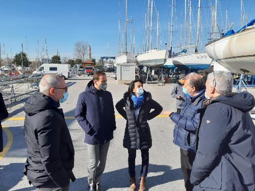 Il governatore del Friuli Venezia Giulia Massimiliano Fedriga visita il polo nautico che insiste sul Canale est -ovest di Monfalcone