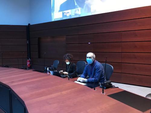 Il Vicegovernatore della Regione Friuli Venezia Giulia con delega alla Salute Riccardo Riccardi insieme al Direttore centrale Gianna Zamaro